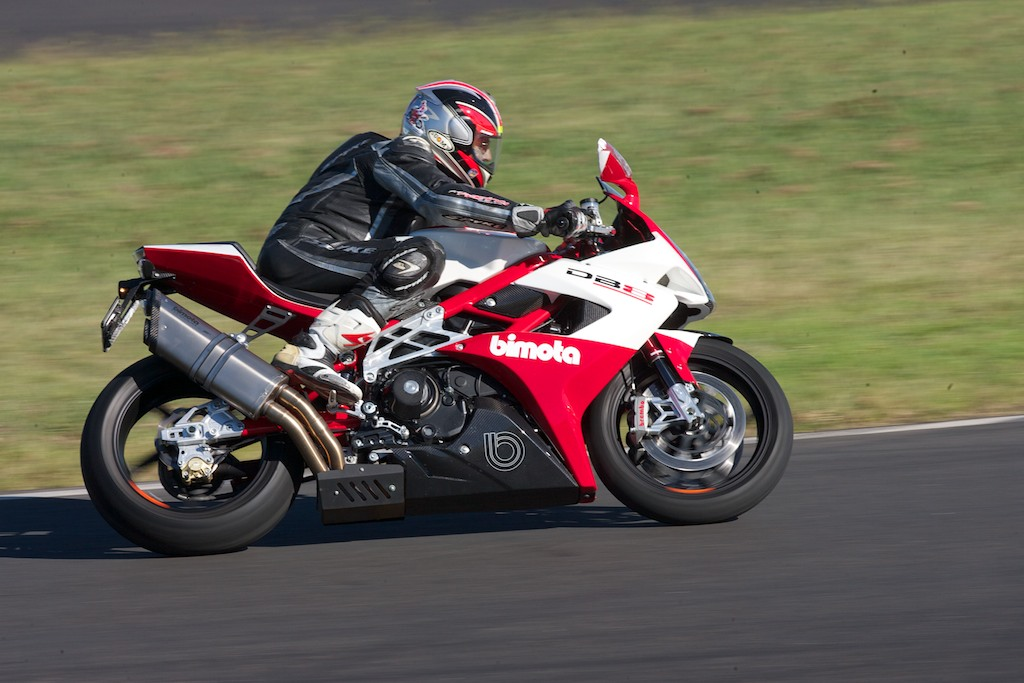 Bimota DB8 - Cycle Torque