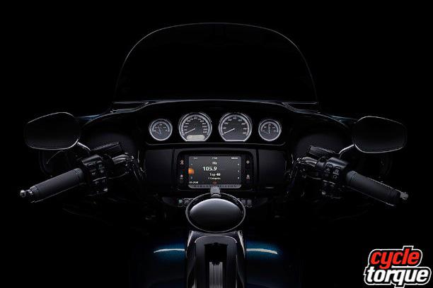 Harley-Davidson-Touring-2013--(7)