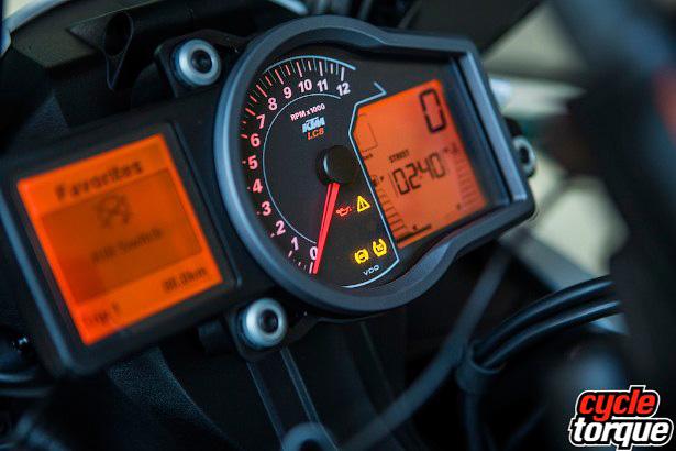 KTM-1190R-2013-3