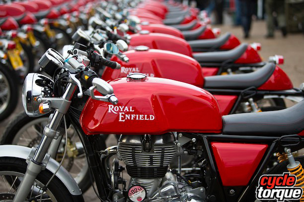 Royal-Enfield-Cont-GT-2013-7