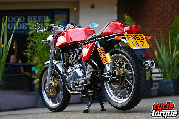 Royal-Enfield-Cont-GT-2014-10
