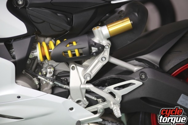 Ohlins rear shock is manually adjustable on all fronts.