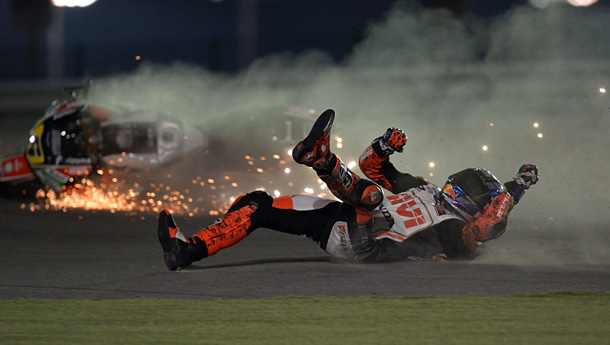motogp1-bradl-crash-qatar-2014