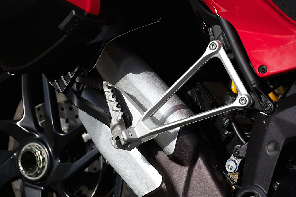 Ducati-Multistrada-Skyhook-ipad-6