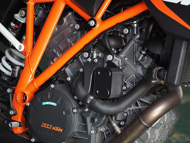 KTM-Superduke-P5080704-2014