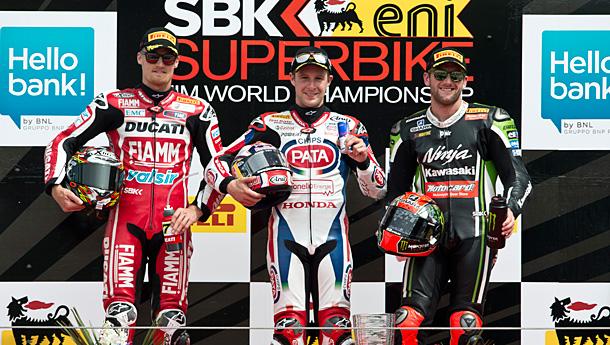 wsbk4-podium-r1-imola-2014