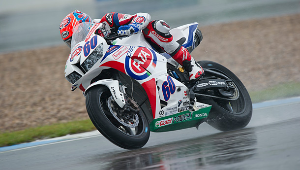 wsbk5-VD-mark-pole-wss-donington-2014