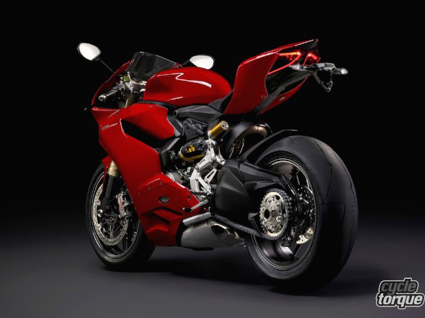 Ducati-Panigale-1199S-2014-7