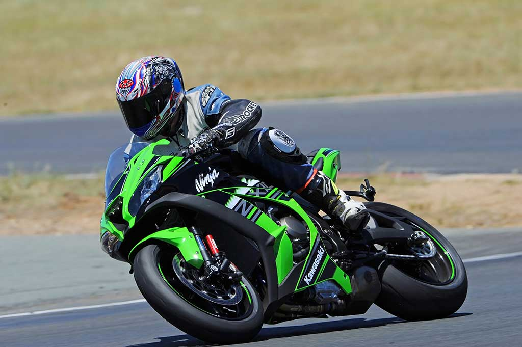 Kawasaki ZX-10R sportsbike racing world superbike champion