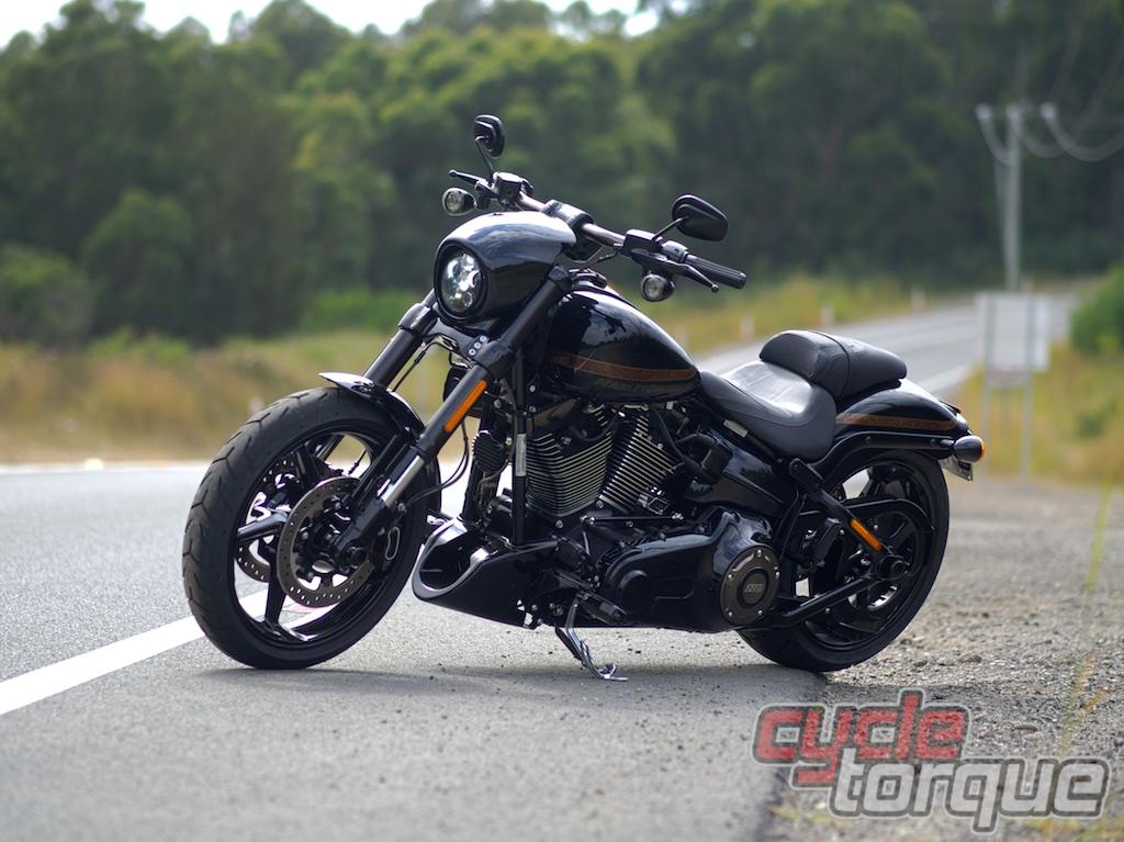 Harley Davidson Cvo Breakout Test Ride