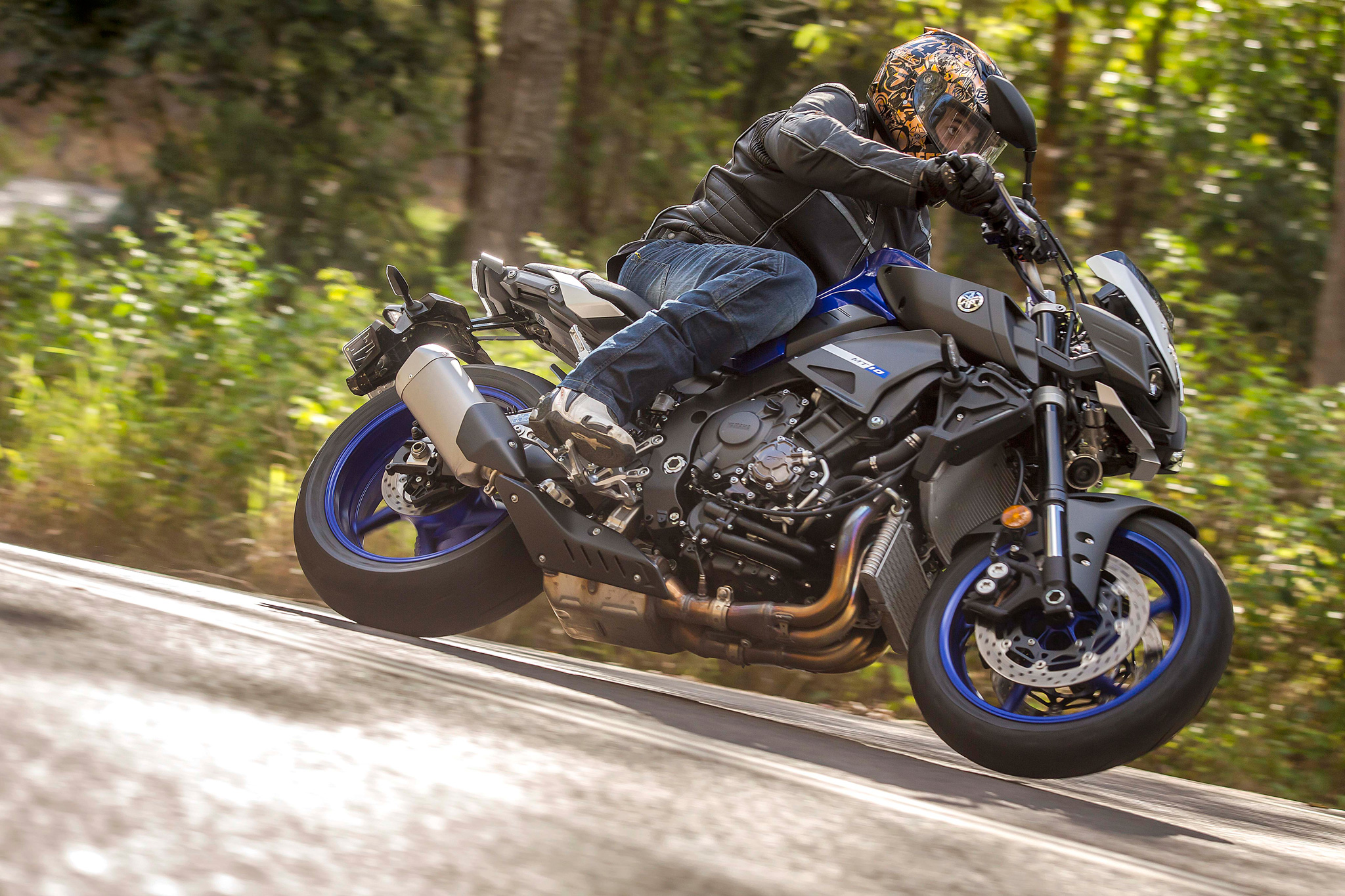 Battle Bot | Yamaha MT-10 Test | Cycle Torque