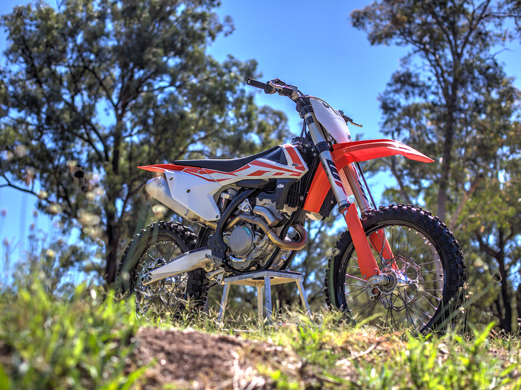 2017 KTM 350 SX-F in all its glory.